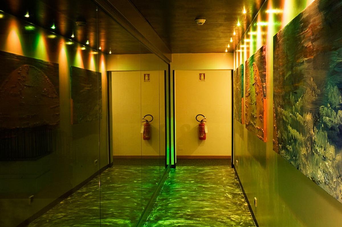 Corridor yellow