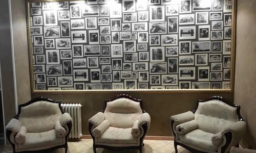 Salottino-con-Quadro-Hotel-Innocenti